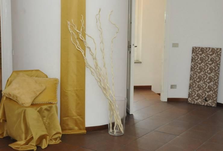 ingresso:  in stile  di Gabriella Sala   Home Staging & Relooking Specialist