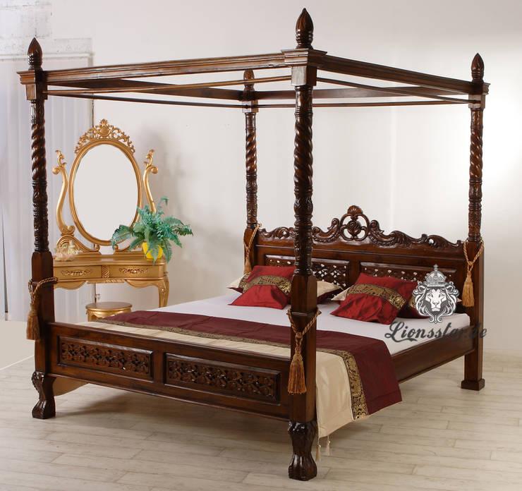 Himmelbett Mahagoni Teak:  Schlafzimmer von Lionsstar GmbH