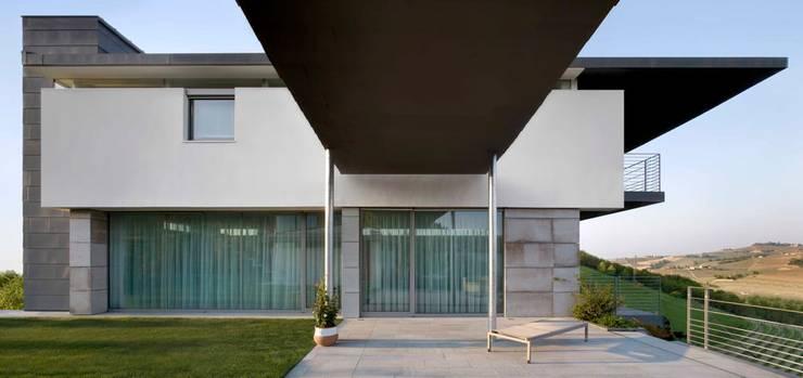 Casa Visiera: Case in stile  di ARCHICURA