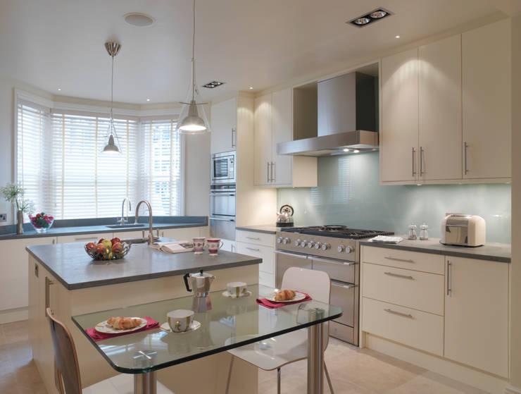 Belgravia:  Kitchen by Meltons