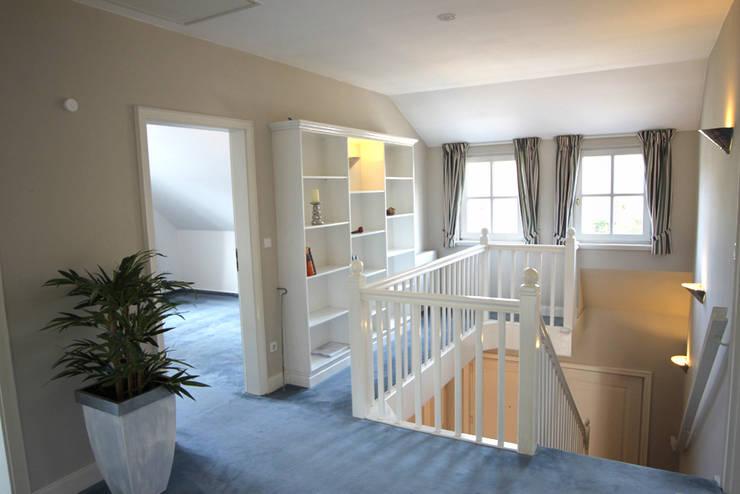 Koridor dan lorong oleh wohnhelden Home Staging, Country