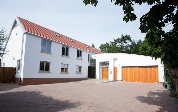 Rumah oleh IQ Glass UK, Modern