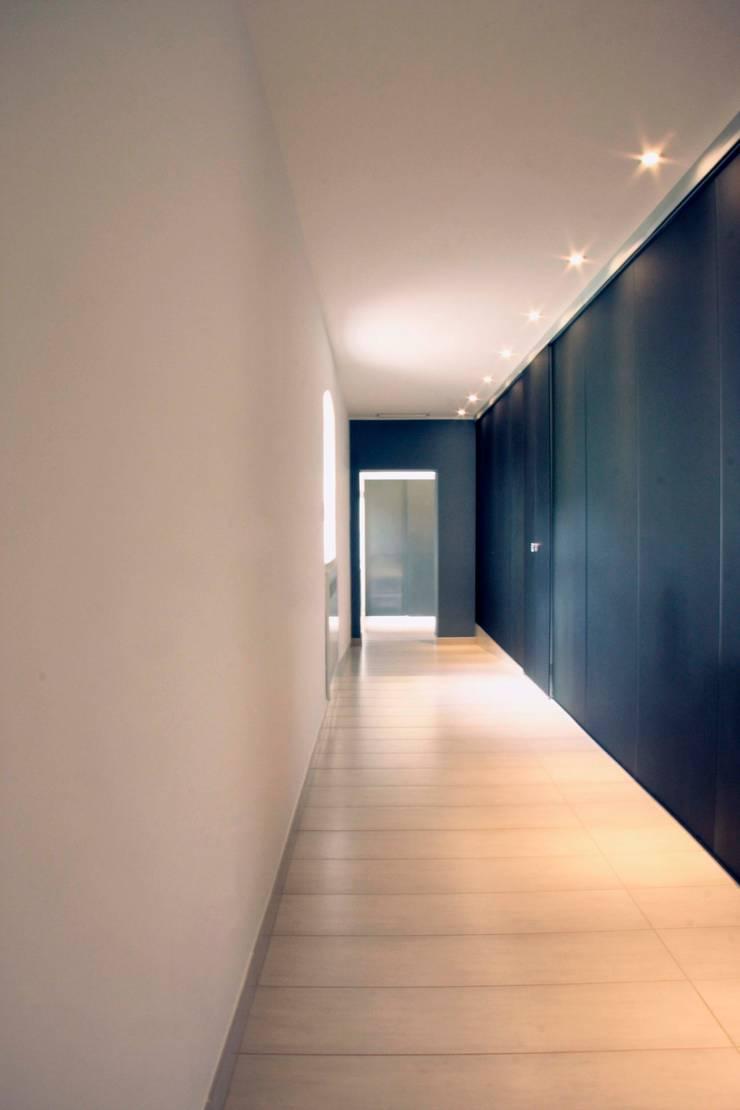 Il Centro Benessere di Villa Bonocore Maletto – San Lorenzo ai colli : Spa in stile  di Studio di Architettura e Design
