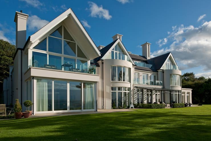 Houses by Des Ewing Residential Architects, Classic