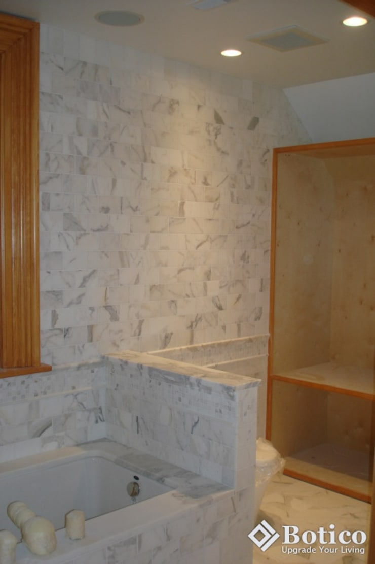 Lincoln Bathroom Remodeling:  Bathroom by Botico