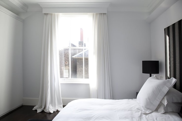 Historic House, Notting Hill, London:  Bedroom by 4D Studio Architects and Interior Designers
