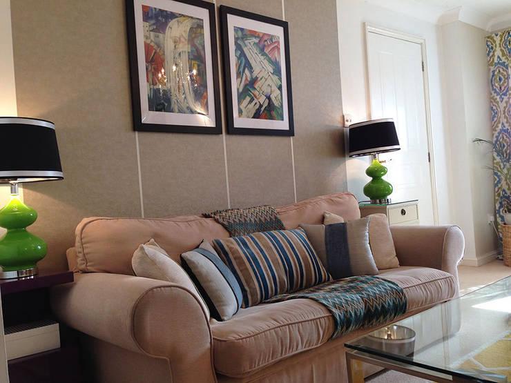 غرفة المعيشة تنفيذ Karolina Barnes Studio