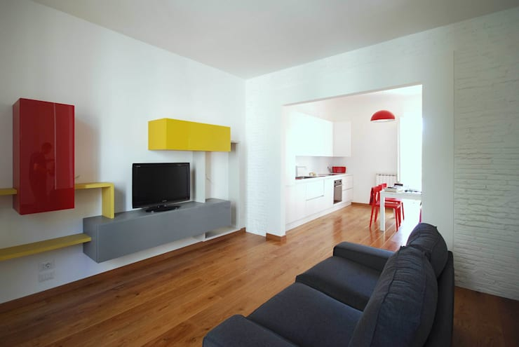 Casa LP: Soggiorno in stile  di Arch. Alessandro Interlando