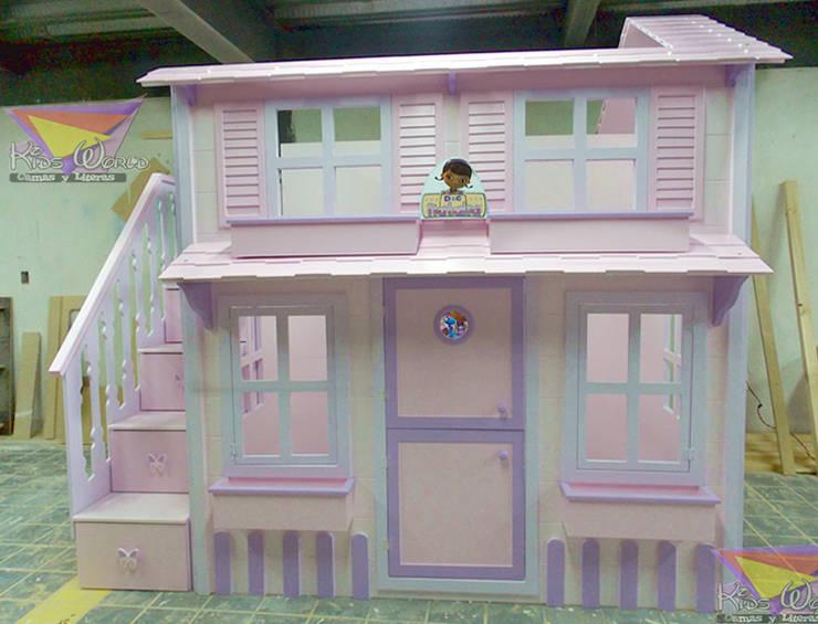 Casita de la Dra Juguetes: Habitaciones infantiles de estilo  por camas y literas infantiles kids world