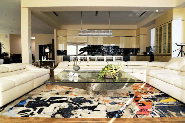 Nightingale Decor, Hollywood Hills: Salas de estilo  por Erika Winters® Design