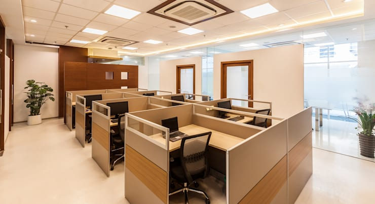 Marvel Office:  Study/office by Kumar Moorthy & Associates,Classic