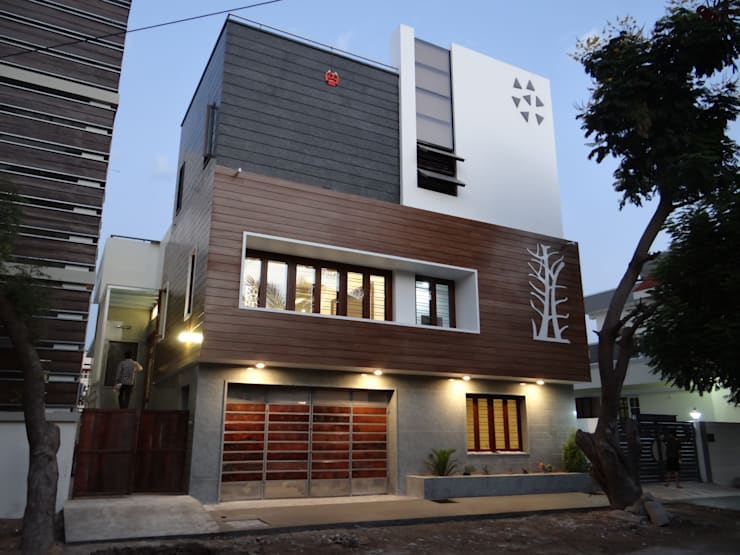 Residence of Mr.Subhash:  Houses by Hasta architects