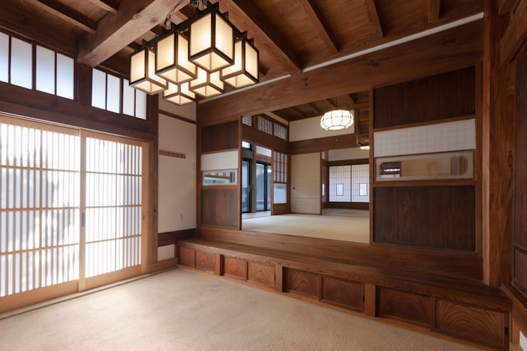 classic Media room by 吉田建築計画事務所