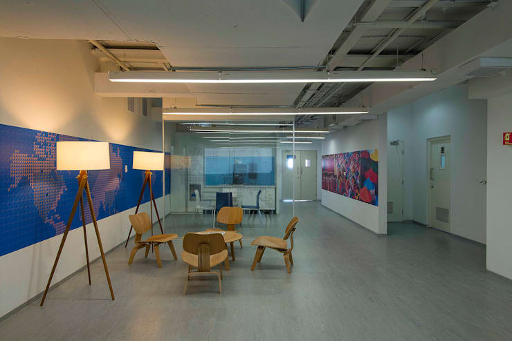 Multifonds Bangalore Offices:  Offices & stores by Ardesia Design
