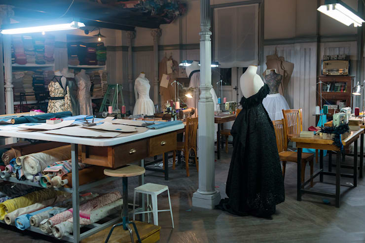 Galerias Velvet (Antena 3): Estudios y despachos de estilo  de Kulunka Deco