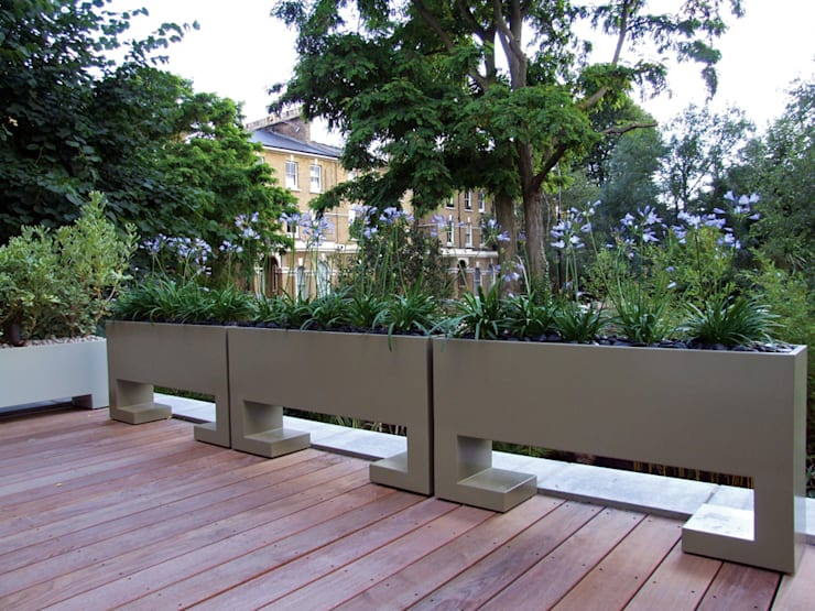 Roof terrace bespoke planters :  Garden by MyLandscapes Garden Design