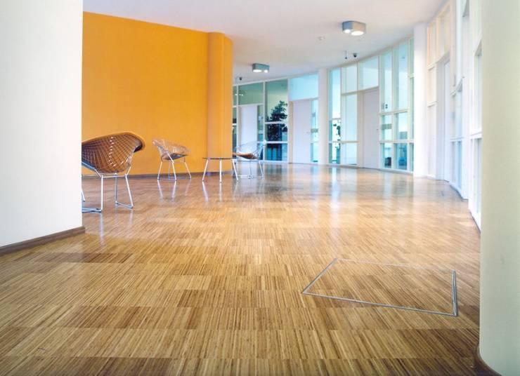 BONA Infineon, Buisgurg:  de estilo  de Bona