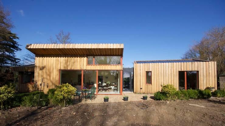 Projekty, nowoczesne Domy zaprojektowane przez Forrester Architects