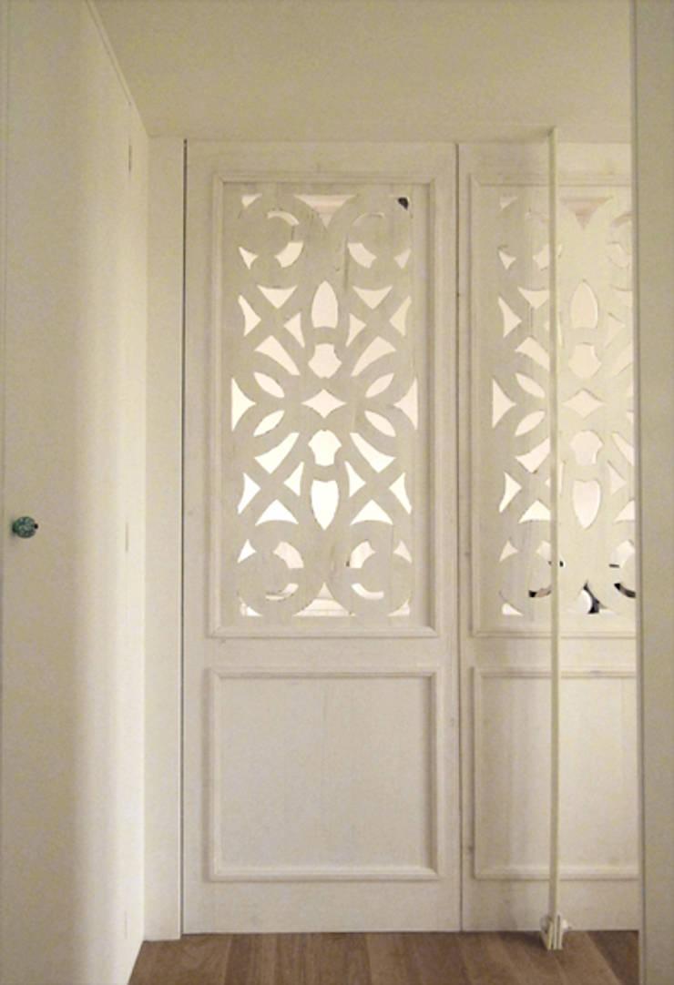 Houses by Elena e Francesco Colorni Architetti,