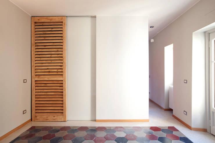 + Maggi: Case in stile  di Elena e Francesco Colorni Architetti