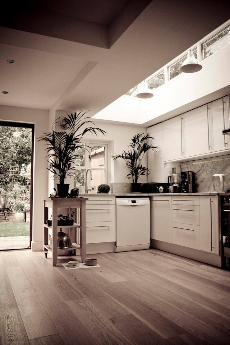 Ground Floor Extension, Camden NW3:  Kitchen by RS Architects