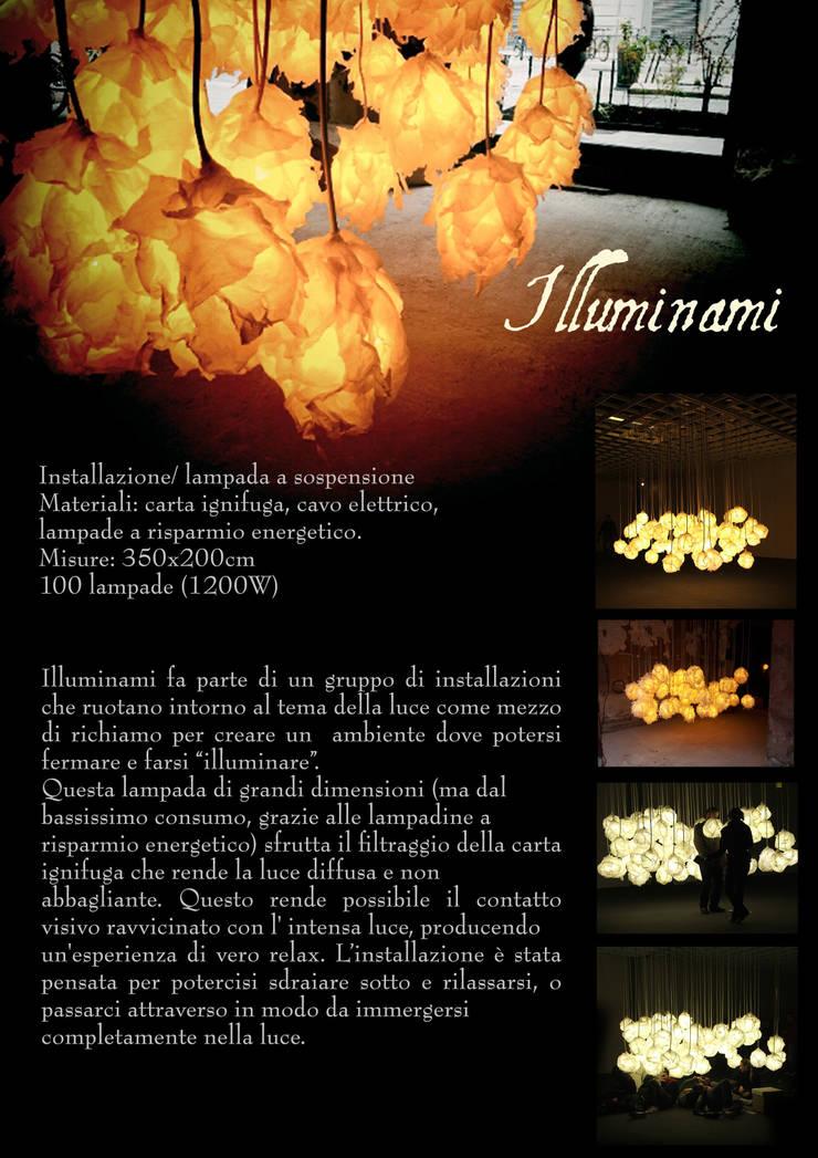 Illuminami: Soggiorno in stile  di SeFa Design by nature,