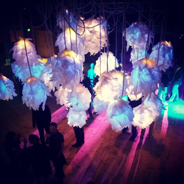 Illuminami per Elita festival, Milano 2013: Soggiorno in stile  di SeFa Design by nature,