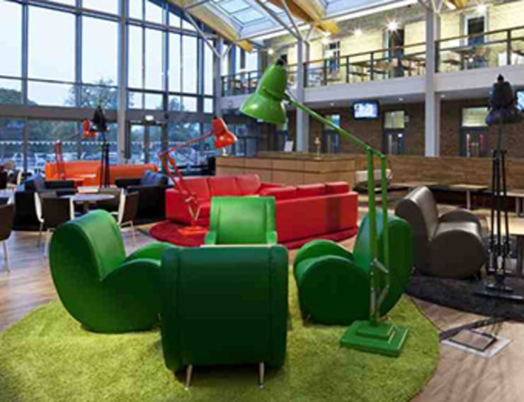 Leicester University:  Walls & flooring by fringes rugs limited