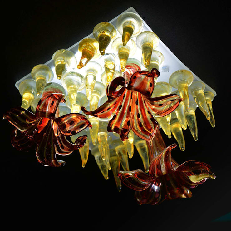 Red flower, yellow studs mini figlight downlight chandelier:  Living room by A Flame with Desire