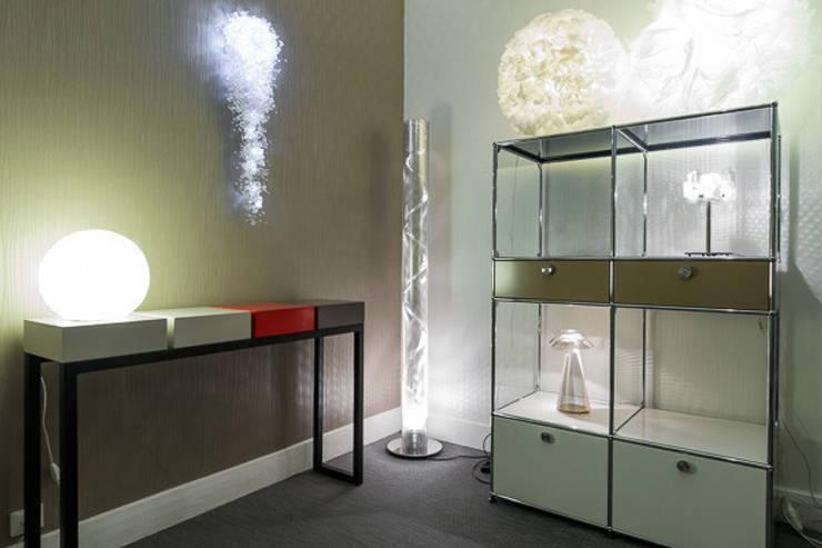 Notre SHOW ROOM:  de style  par Interieurs Autrement