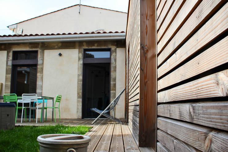 Extérieur: Maisons de style  par BIENSÜR Architecture