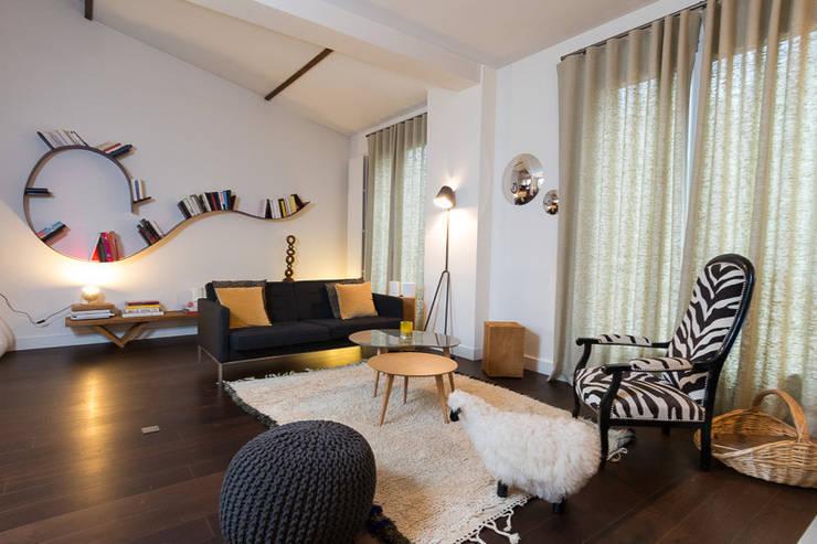 Salon :  de style  par Interieurs Autrement