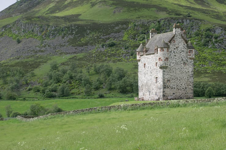 Forter Castle:   by Katharine Pooley