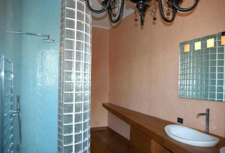 bagno 2: Bagno in stile  di CHRISTIAN THEILL DESIGN