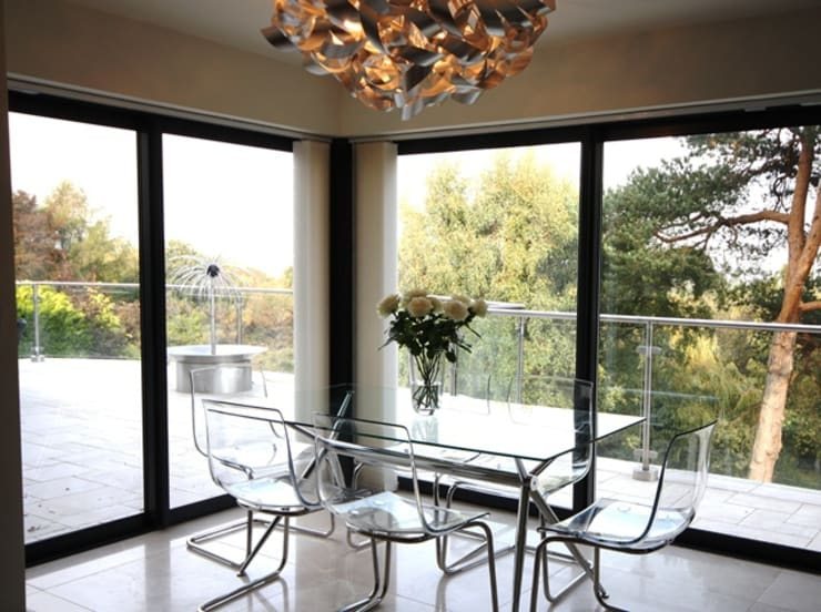 Feature Lighting:  Dining room by Inspire Audio Visual
