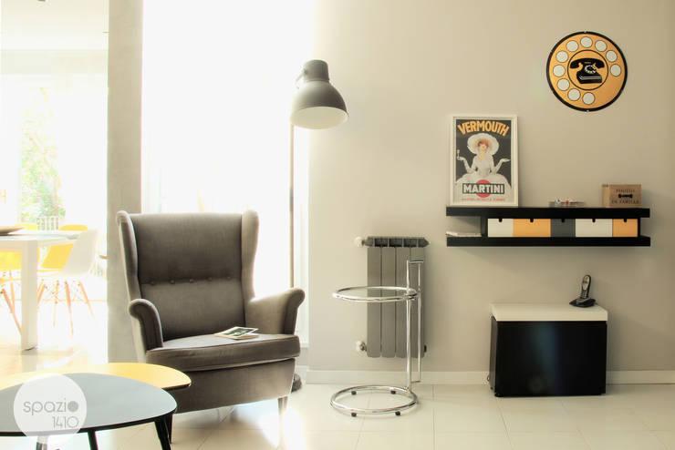 Projekty,  Salon zaprojektowane przez Spazio 14 10 di Stella Passerini