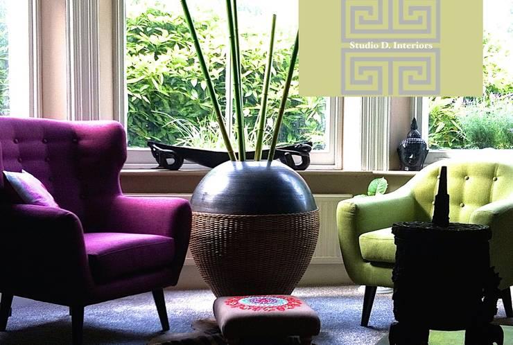 Salas de estilo ecléctico por Studio D. Interiors
