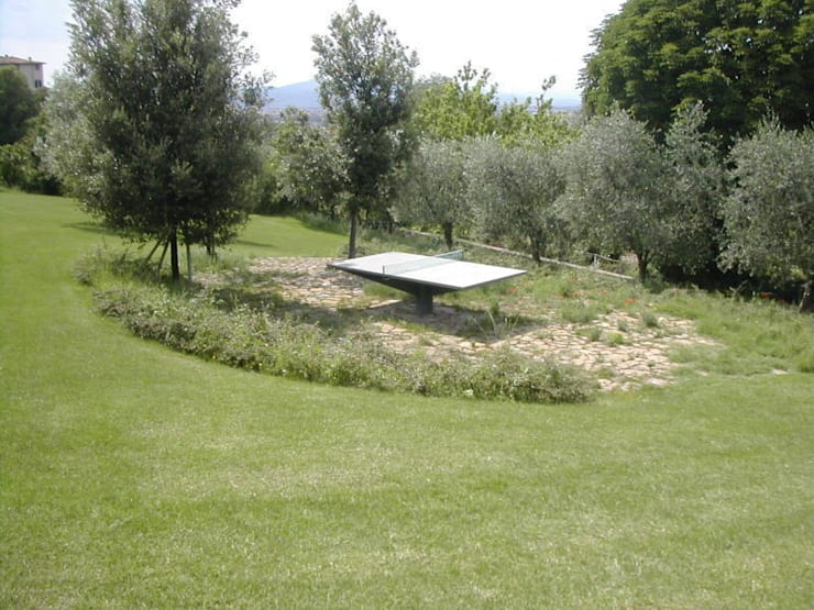 ping pong: Giardino in stile  di CHRISTIAN THEILL DESIGN,