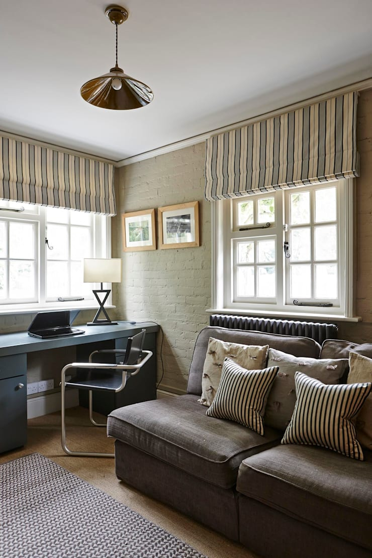 Country Home Study:  Study/office by Charlotte Crosland Interiors