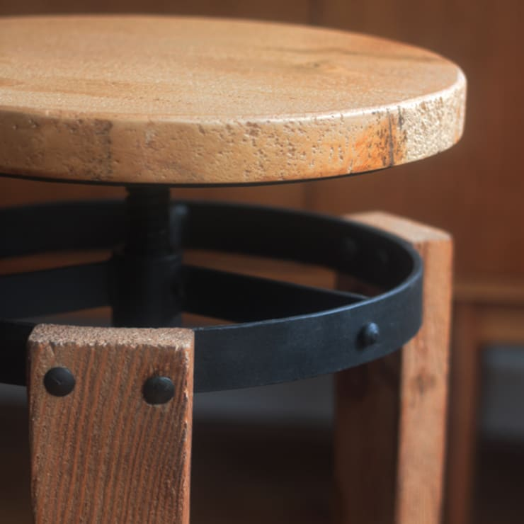 Sula stool:  Kitchen by Decorum