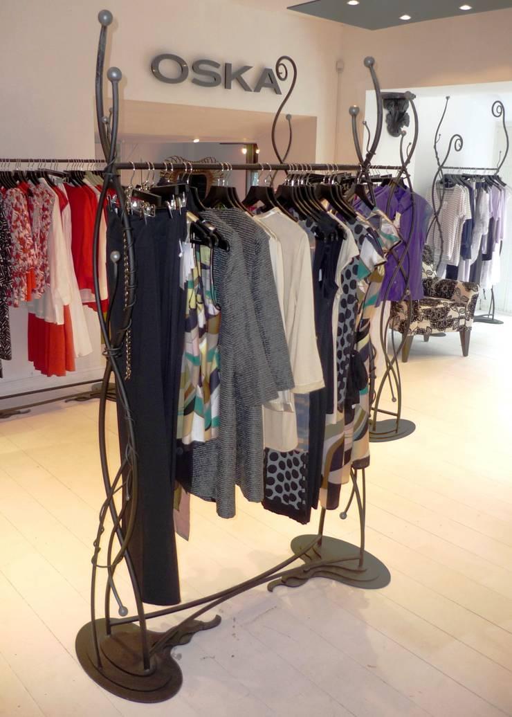 Contemporary Clothes Rails:   by Unique Iron Design Ltd.