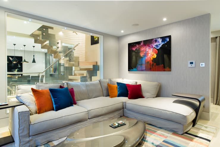 Mayfair Mews House:  Living room by Harriet Forde Design