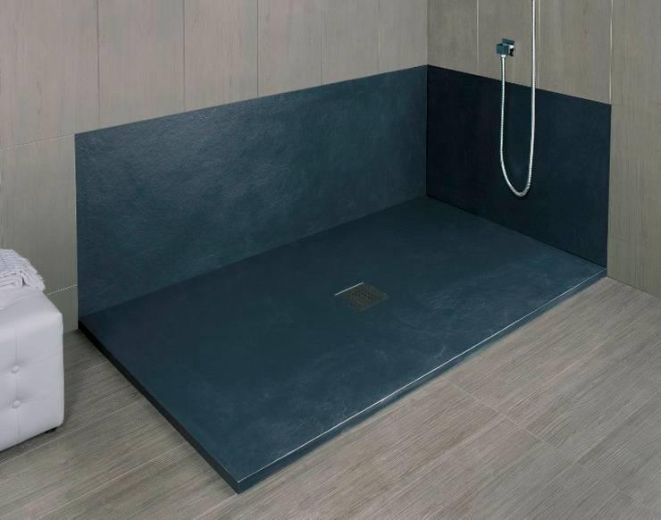 Sustituir bañera por plato de ducha: Baños de estilo  de SERRANOS Studio
