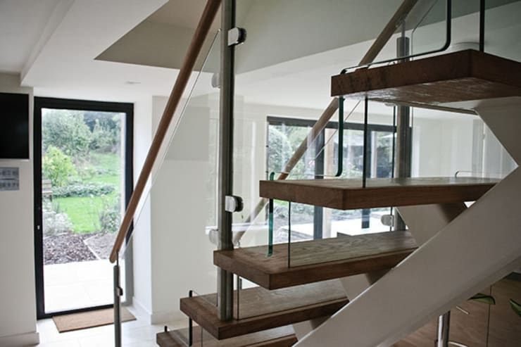 Paddock End:  Corridor, hallway & stairs by Seymour-Smith Architects