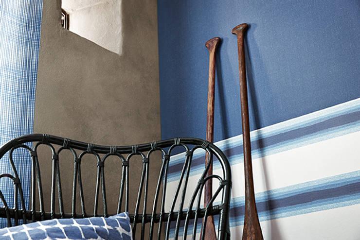 Paredes y pisos de estilo mediterraneo por Disbar Papeles Pintados