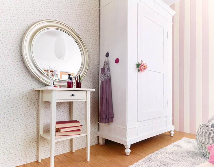 Paredes y pisos de estilo rústico por Disbar Papeles Pintados