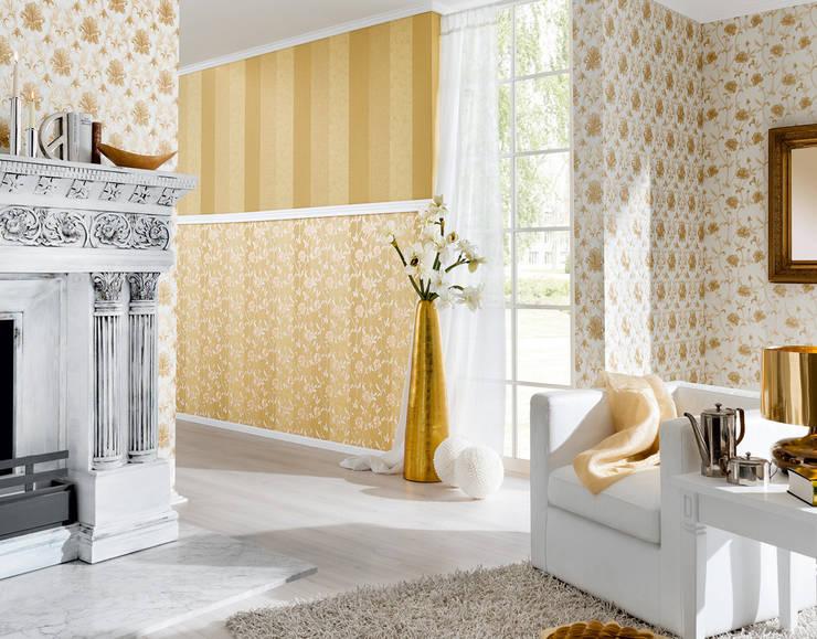Salon Hermitage 9: Paredes y suelos de estilo  de Disbar Papeles Pintados