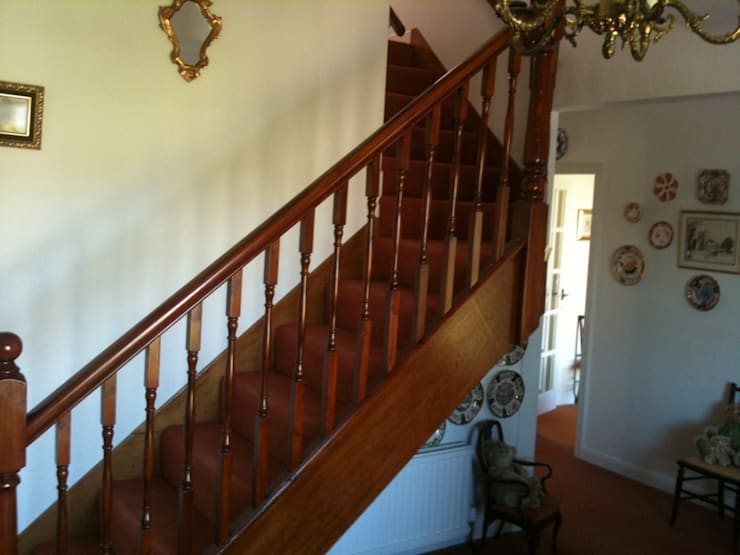 New Staircase:   by Southside Glazing & Joinery