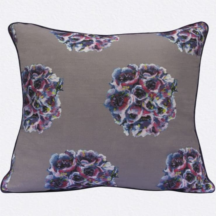 English Garden Cushion by Occipinti:  Living room by Anthea's Home Store