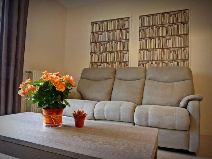 Décoration d'une pièce à vivre: Salle à manger de style  par Carnets Libellule